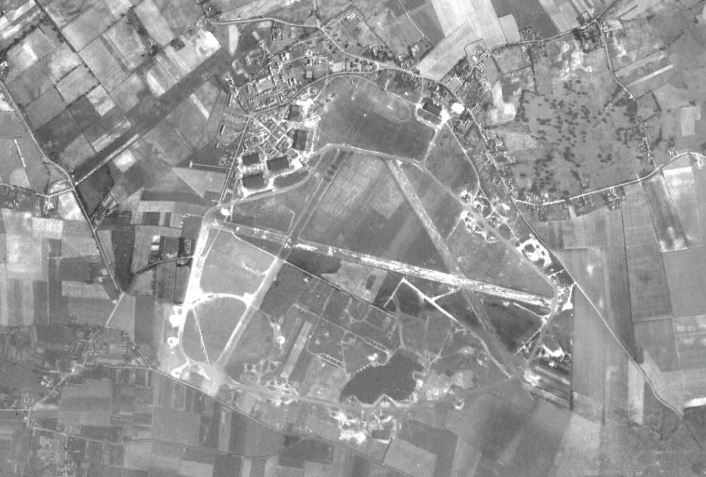 Mildenhall circa 1945 [Google Earth]