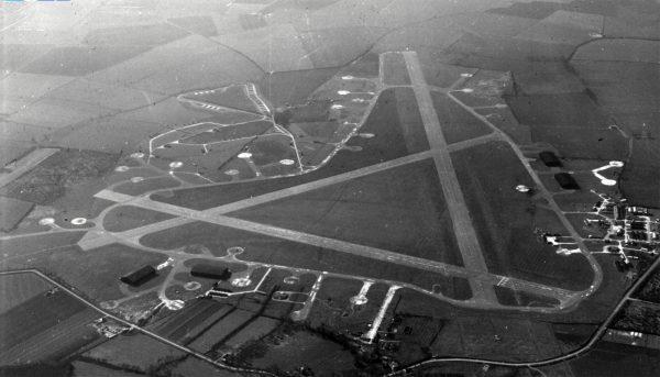 RAF GRAVELEY copy