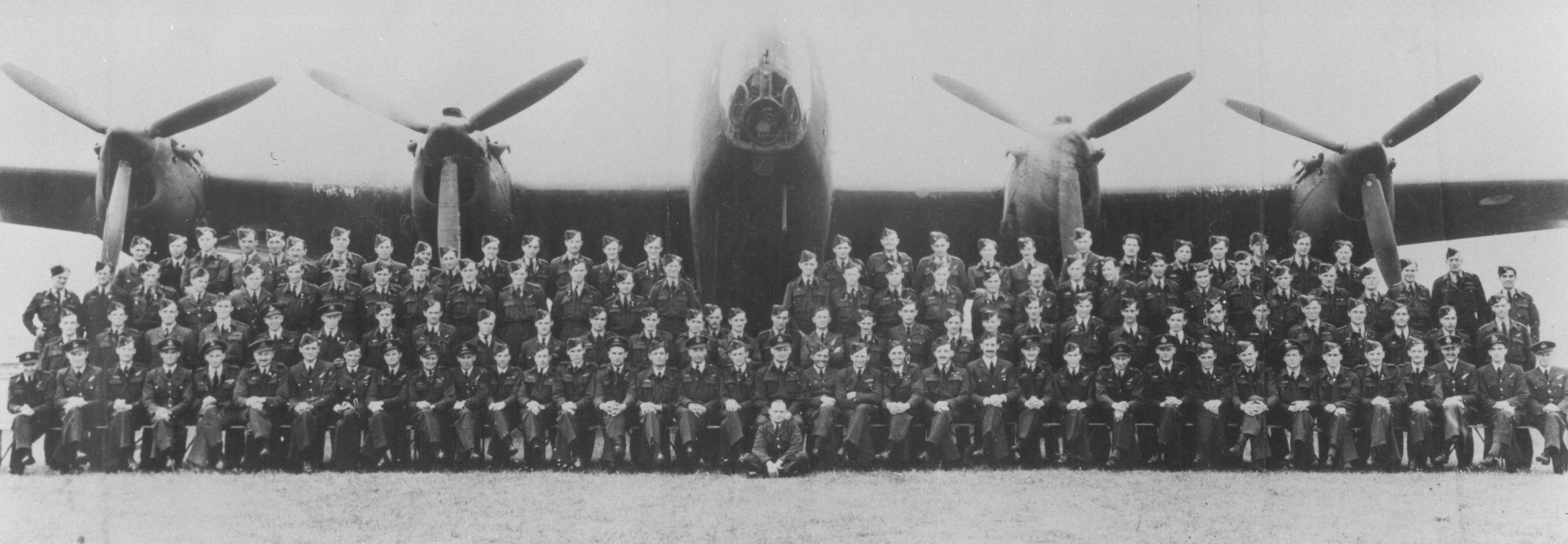 July 1943 [Colin Hewlett [Credit - Friends of the Pathfinders]].jpg