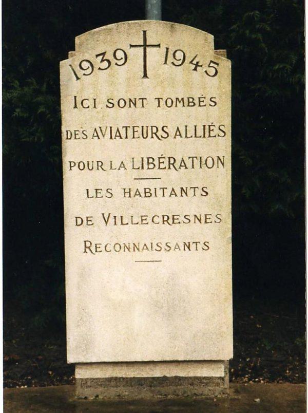 Villecresnes Memorial