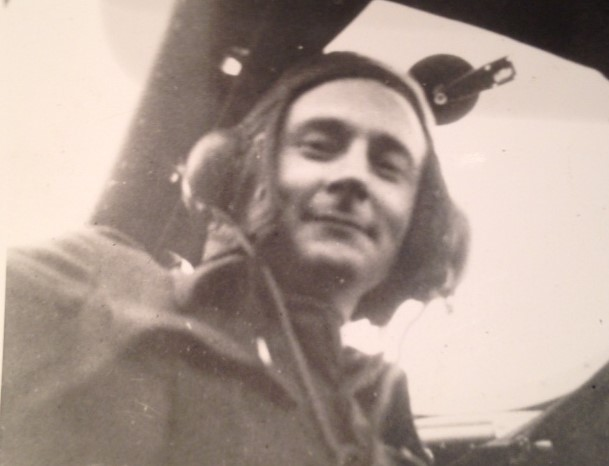 Believed to be JC Hamilton circa August 1941 [Courtesy of Tim Longford].jpg